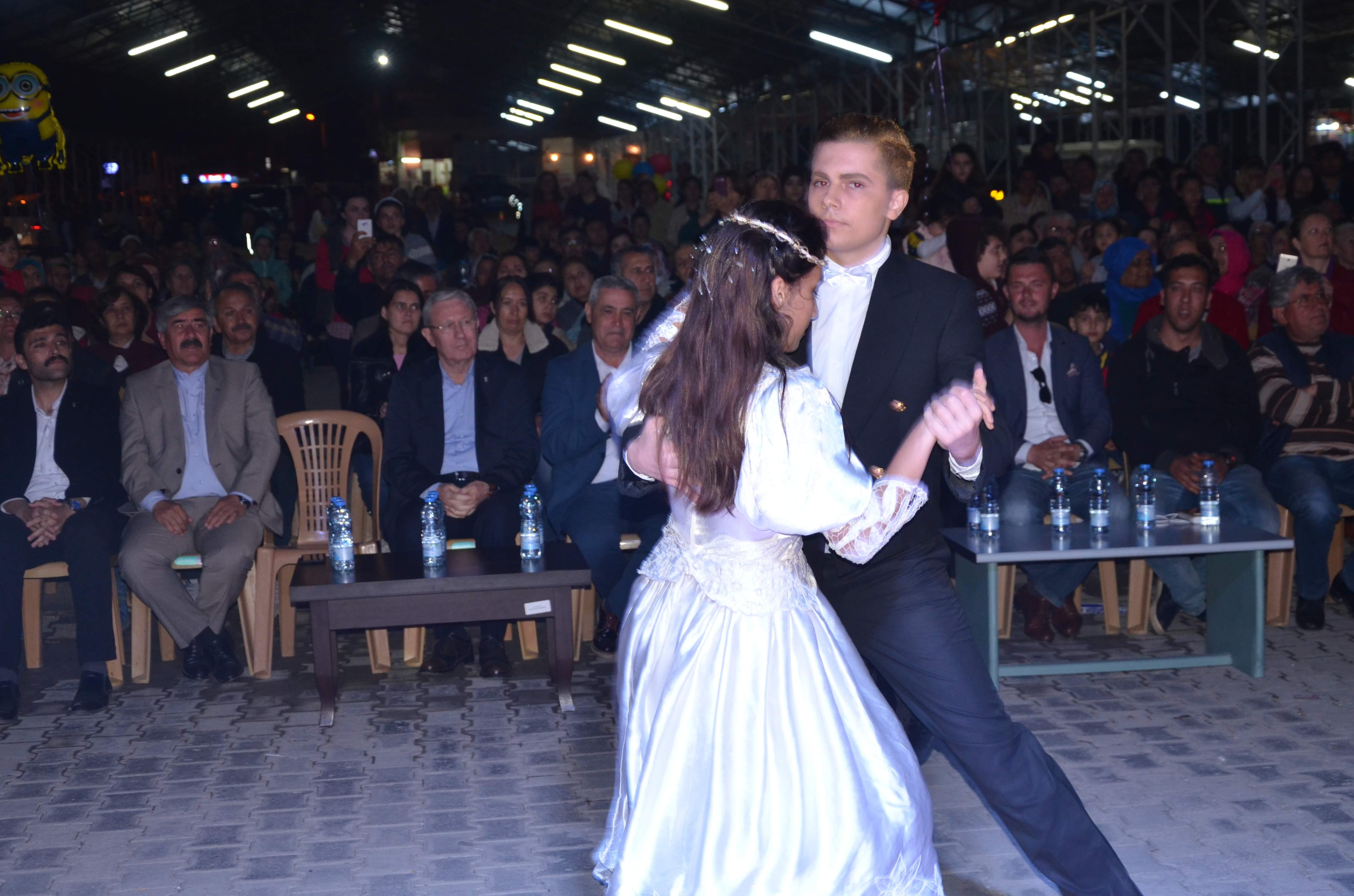 DALAMAN DA ATATÜRK'ÜN SON VALSİ SAHNELENDİ