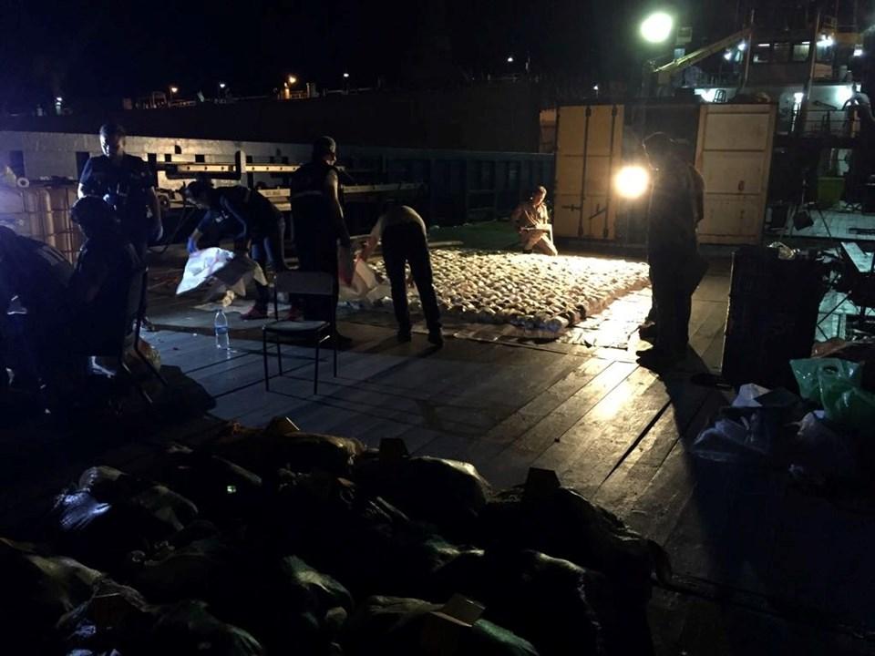 Akdeniz'de büyük operasyon: 1 ton 71 kilo eroin ele geçirildi