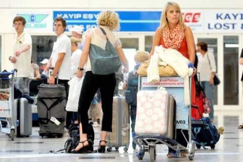 Turist Arttı, Gelir Düştü