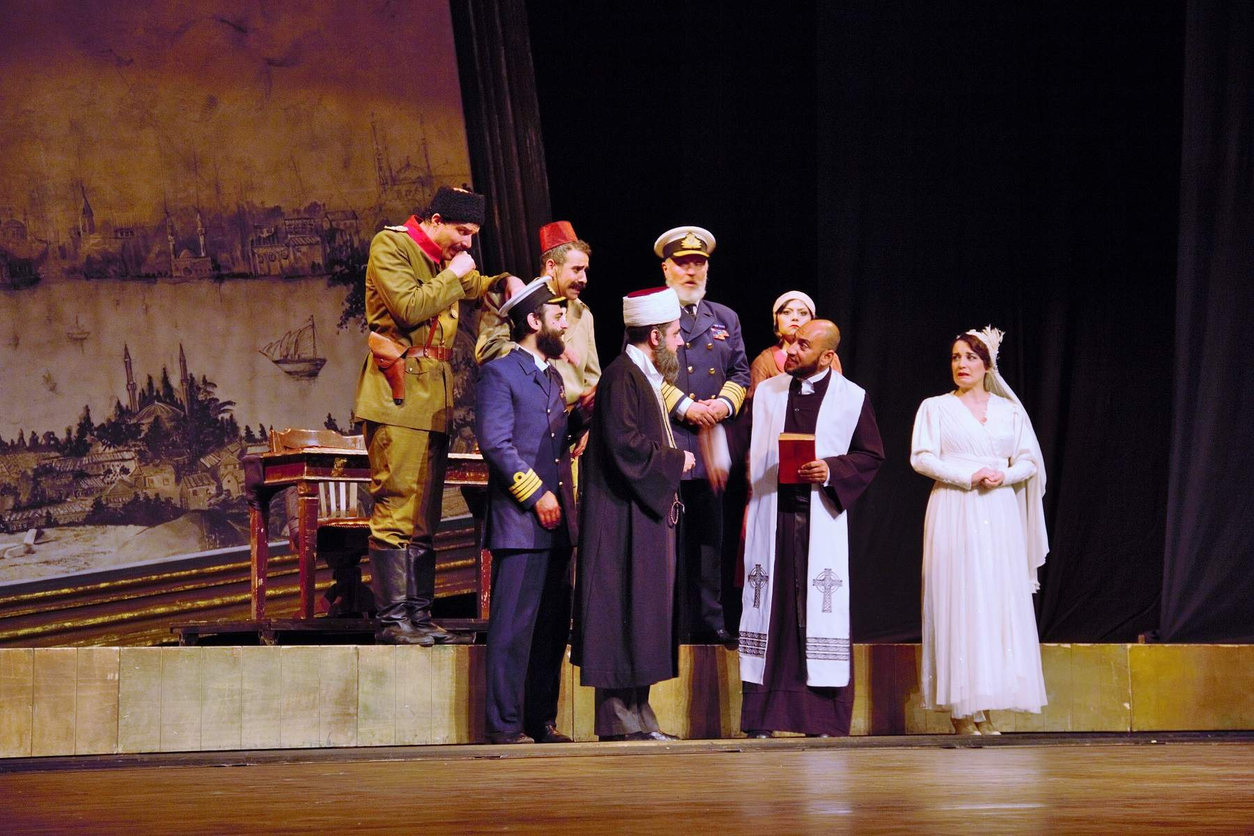 'Bu Da Geçer Yahu' Tiyatro Oyunu Muğla'da Sahnelendi
